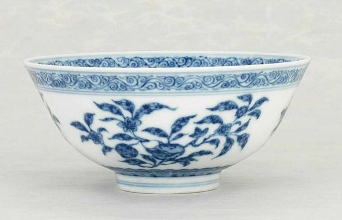 A Ming-style blue and white bowl, Daoguang six-character seal mark in underglaze-blue and of the period (1821-1850). Photo Christie's Image Ltd 2014.