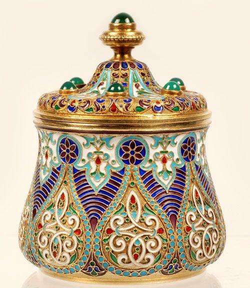 A Russian silver gilt and cloisonné enamel jar, Antip Kuzmichev, Moscow, 1896-1908.
