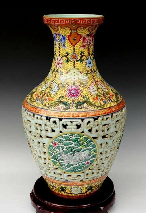 A Fine Carved Chinese Qing Famille Rose Porcelain Vase with a Qianlong Mark, Decorated of a Painting of Fishes and Flowers, Size: H*D 40.5*22cm.