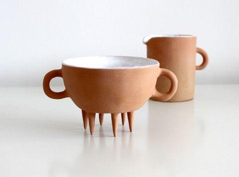 Ceramic design artist designer elena salmistraro tazza e brocca oggetti casa cucina kitchen design milano italia