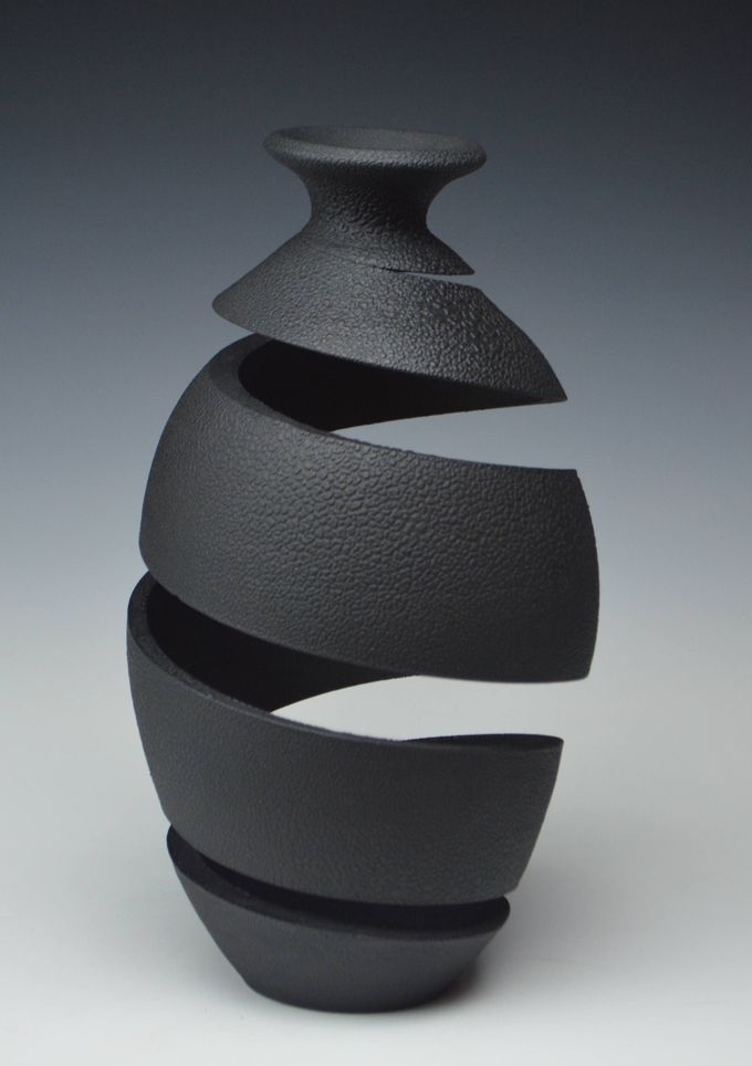 Slinky Spirals of Clay Form Topsy-Turvy Vases by Michael Boroniec | Colossal