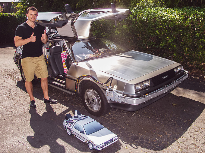 I got the opportunity to meet with the Seattle Time Machine and see a real BTTF DeLorean Time Machine replica.