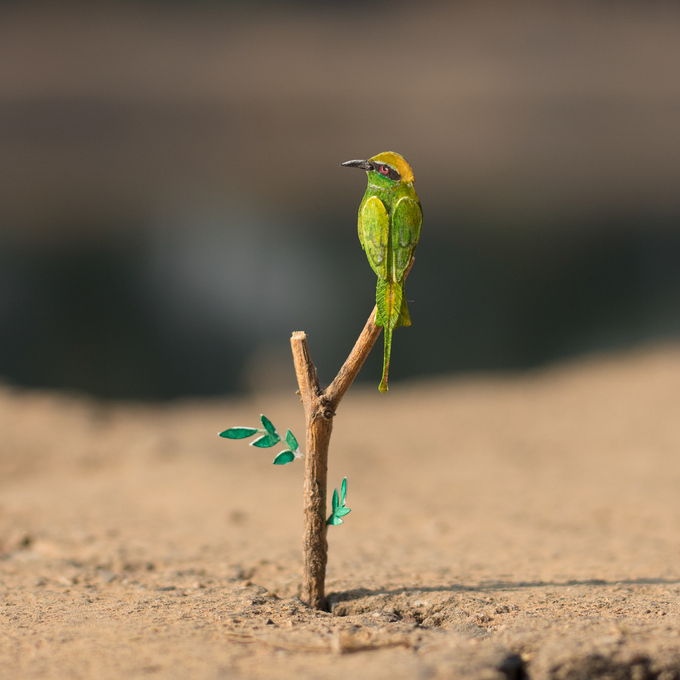 Green Bee - Eater