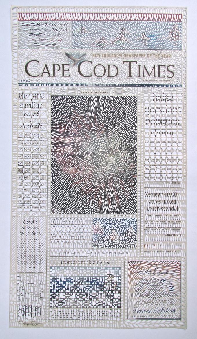 加拿大艺术家Myriam Dion把废旧报纸变身为华丽的剪纸艺术品,挂在窗户上简直惊艳了。|