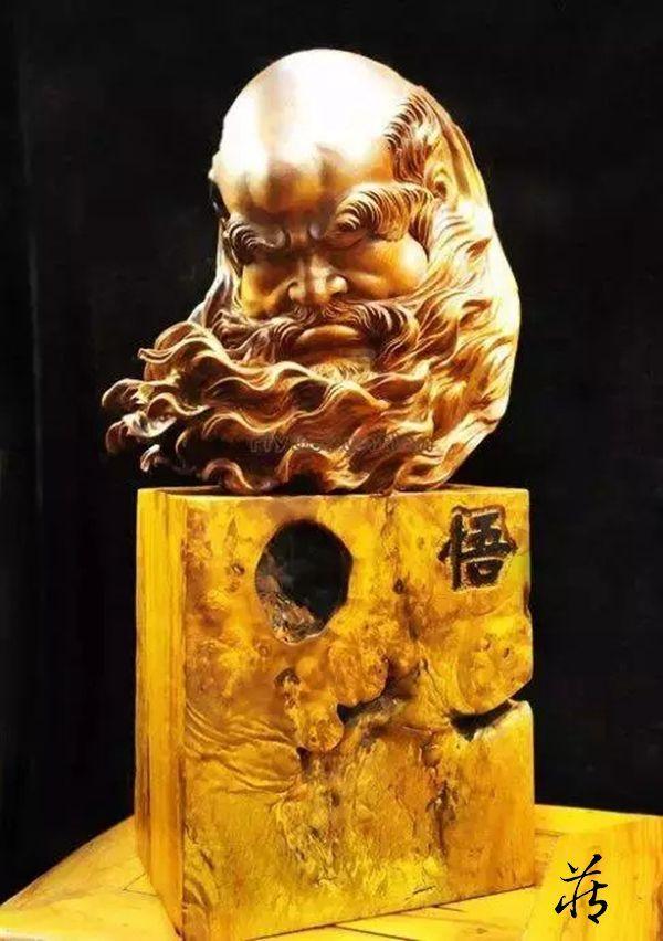 唯美的朽木雕刻艺术