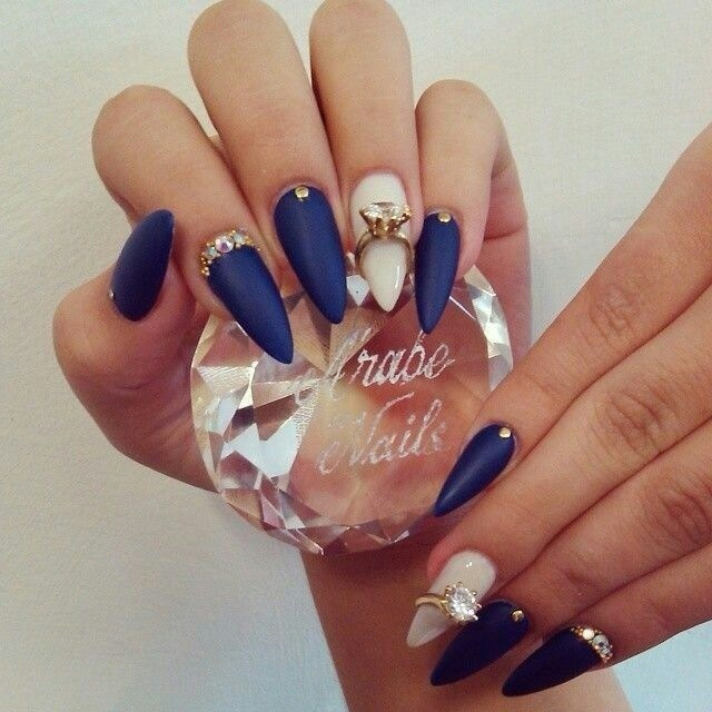 navy_and_nude_nail_design