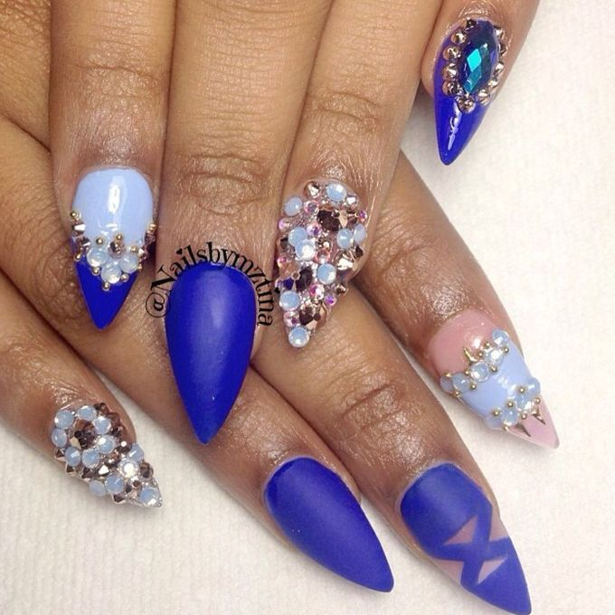 royal_blue_matte_and_stones_nails