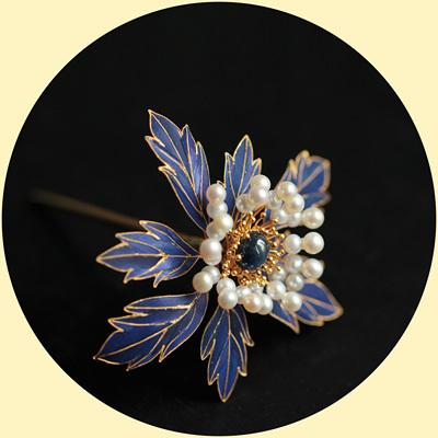 【黧嬅】925银花丝镀金天然蓝宝石故宫复原款古典风珍珠点翠发簪-淘宝网