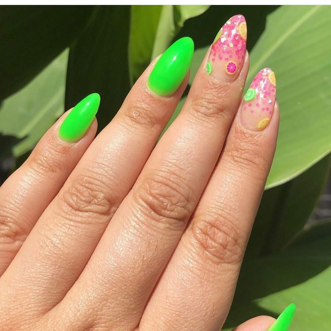 Screaming at how cute these are! By Fruit Encapsulations  ......  nailmagazine