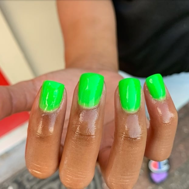 Neon Lime Issa Vibe! By ......  nailmagazine