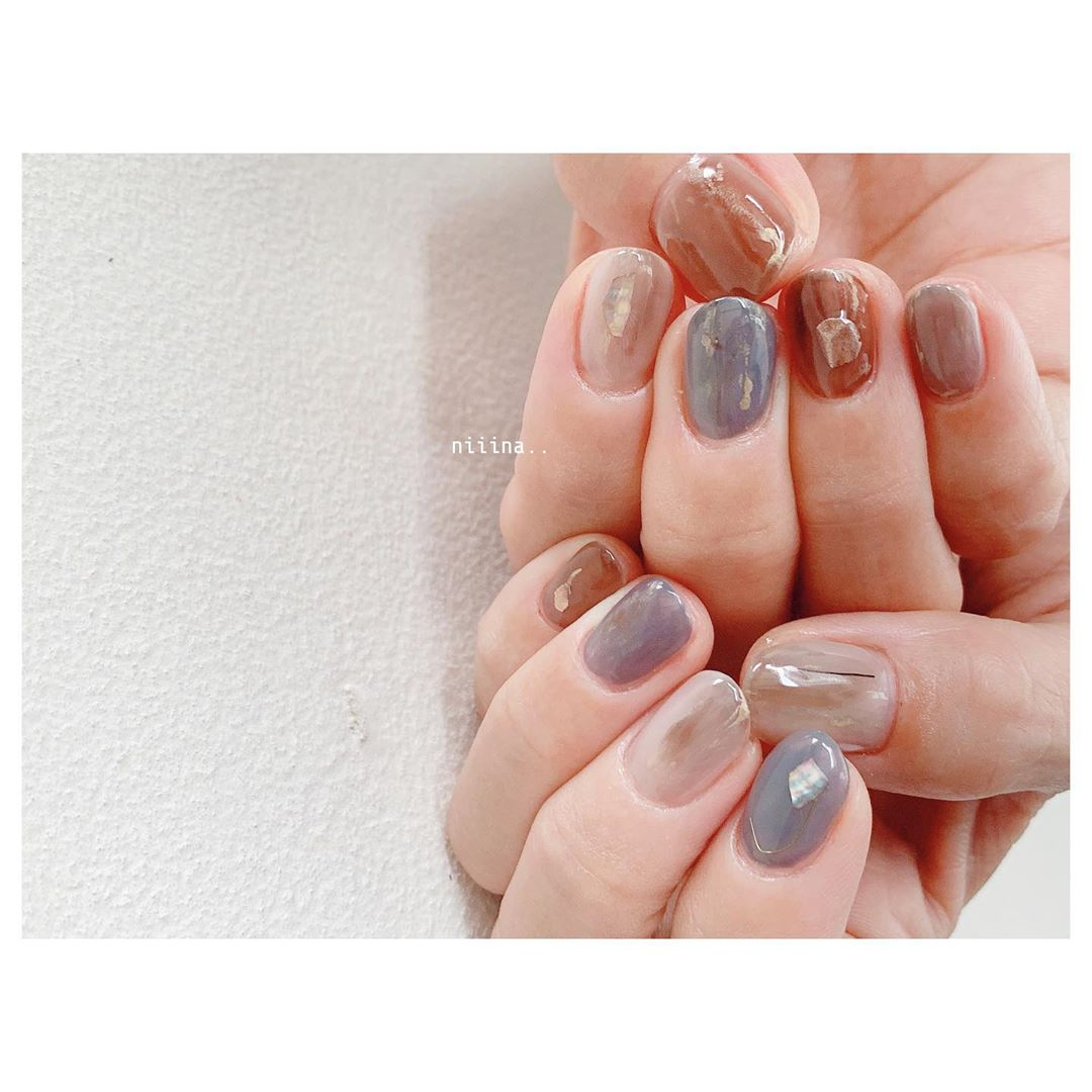 **.. ***nailspregelnuancenailflowersnailartartcolors