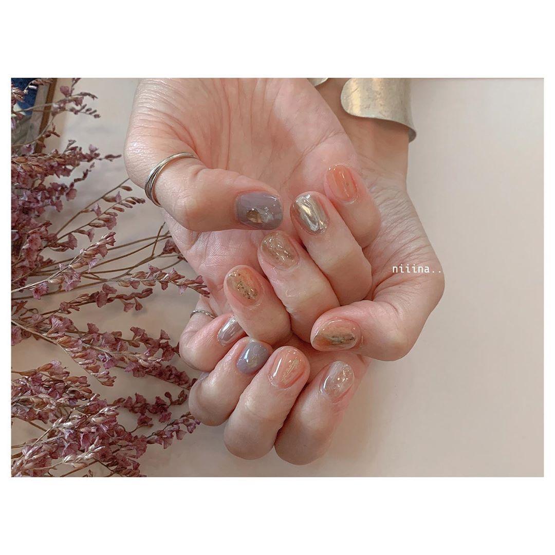 **.. **ww**nailspregelnuancenailflowers