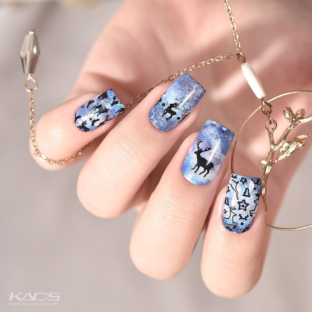 Nail design using KADS stamping plate Christmas 003 from AliExpress store(link in bio). aliexpress