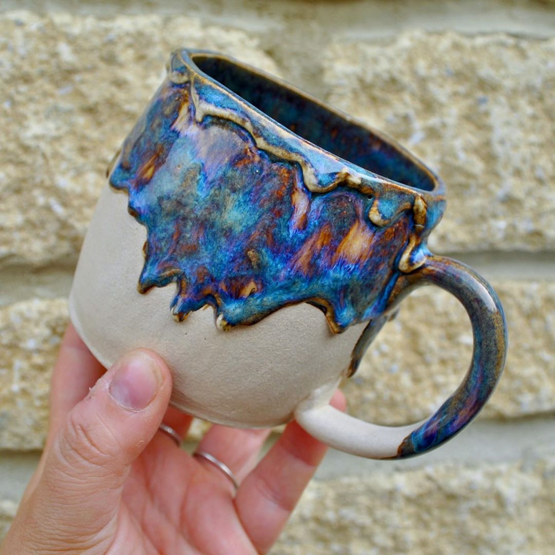 Its Friday Friday!  its been a long week, I am so pleased its over. I have a big glaze firing tonight I am beyond excited for that! Have a good one peeps This mug is available on the shop