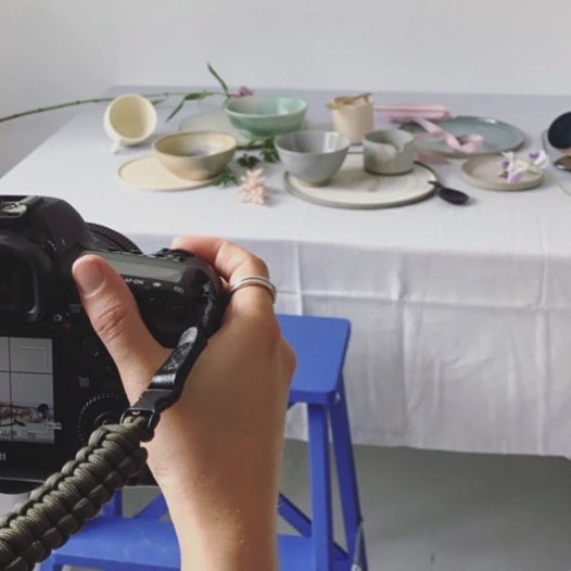 A little peak behind the scenes. Today was such fun! Playing around with ceramics and styling!! Amazing work by Can't wait to see the results comingsoon