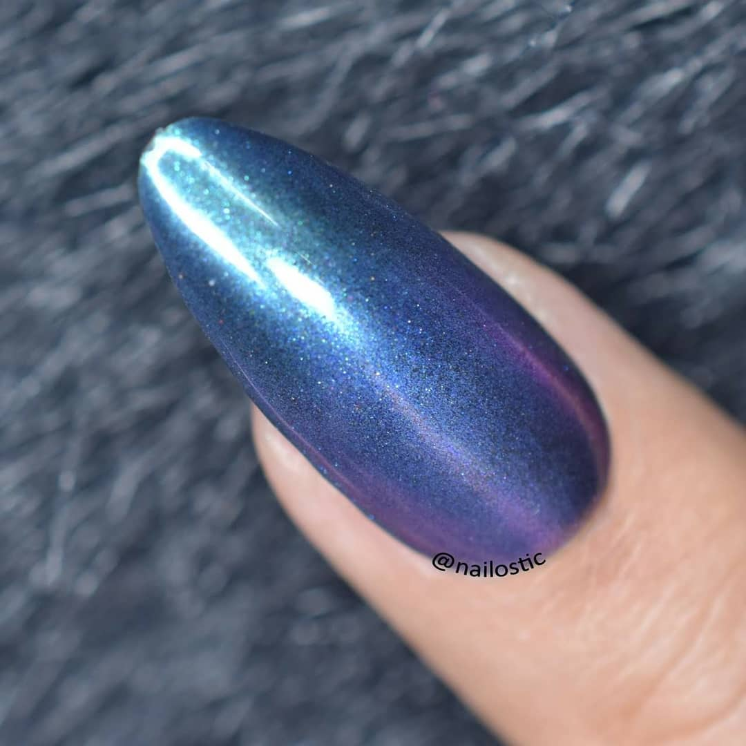 This is Dipping Chameleon Powder from item id 45778 . Best thing about this powder is you don't need lamp for cure , it's dry naturally. How to get Mirror Effect using1. Apply black gel and cure.2. Apply no wipe top coat and cure for 30 seconds.3. Pick the powder with eyeshadow stick.4. Apply the powder on the nail, repeat till you're satisfied.5. Clean the rest powder with the dust cleaner.6. Apply top coat and cure.Don't forget to use 10% Discount Code PRL10 at BPSHope you will enjoy this manicure and do share your thoughts ?? Have a good day!!! instanails
