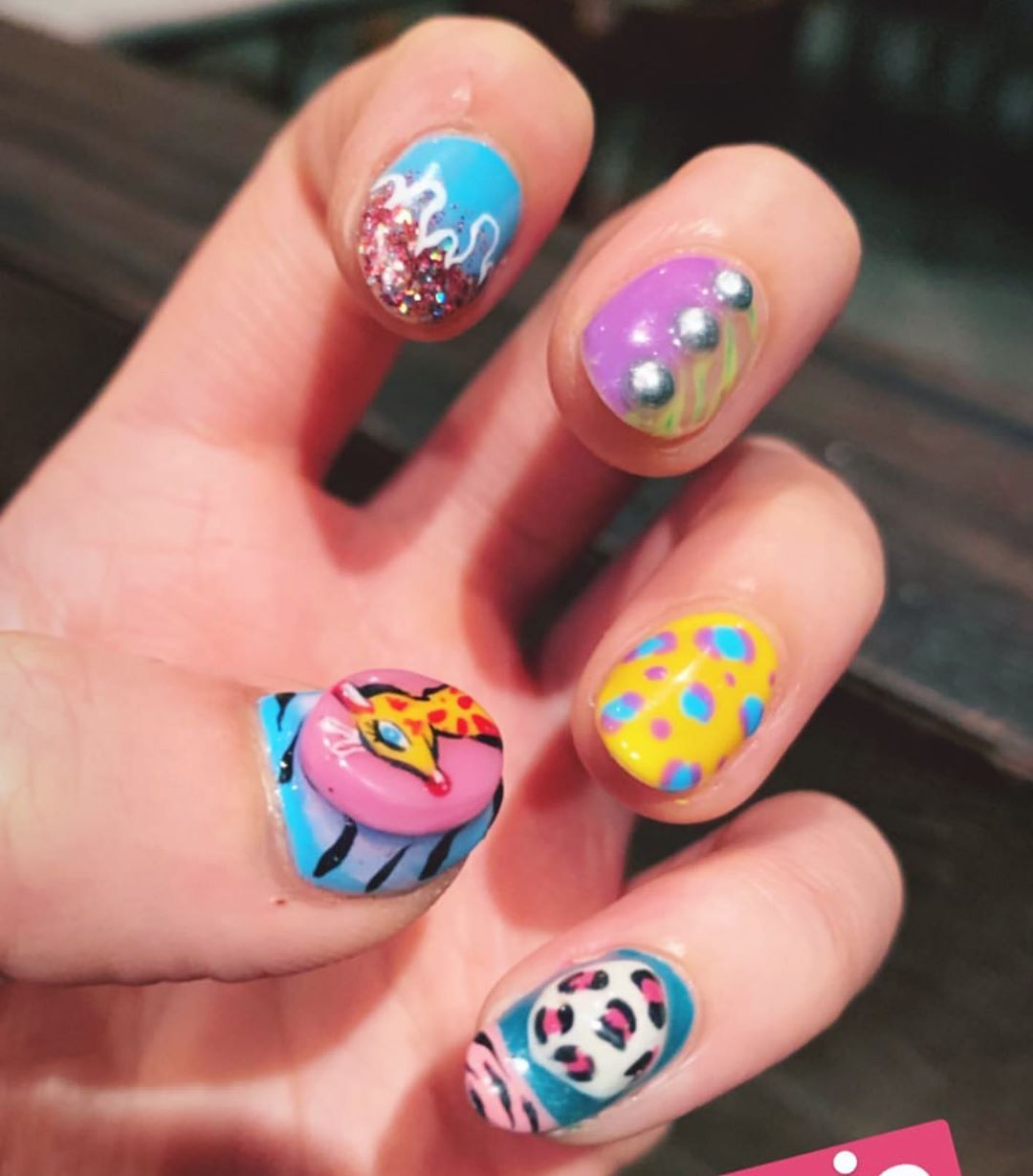 Jungle boogie from K. Kim ...Welcome All The Nail Art LoverReservations please call: 096-669-2996 or Line: benbenz.bbNailart  Manicure  Pedicure  Spa services glitternails