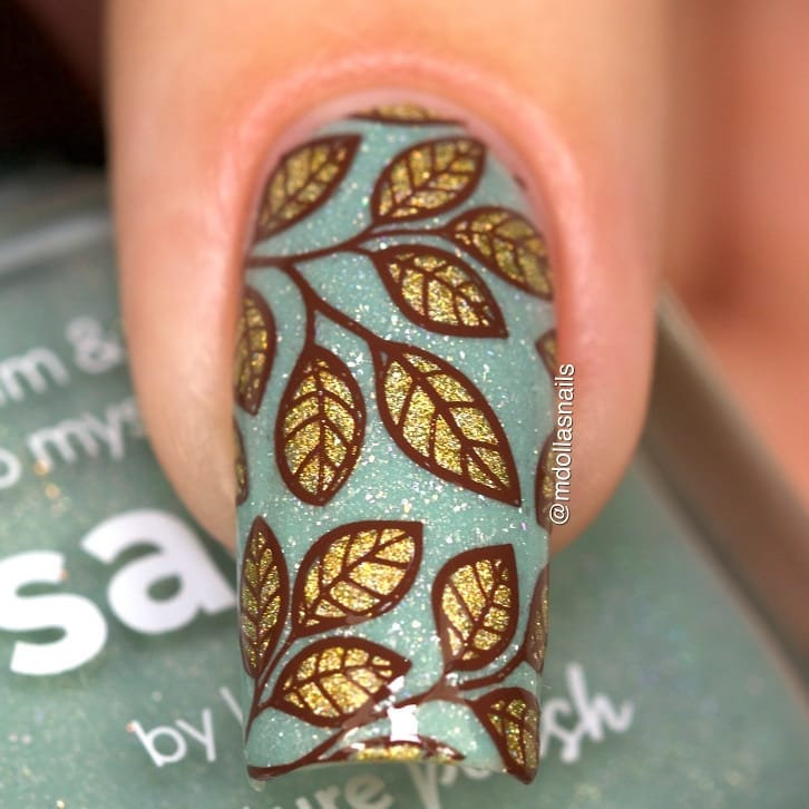 Leaves mani I used Sage by stamped with B044 From ground comes life plate.ongle