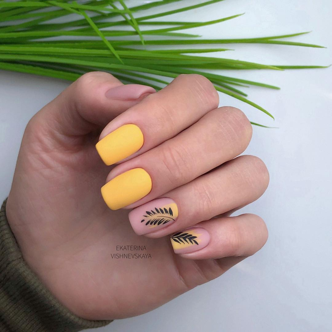 !   !       Sota  ! manicure