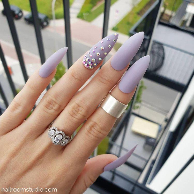 1k     yes or no?   whitenails