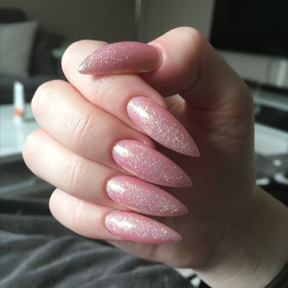 1k     yes or no?   pinknails