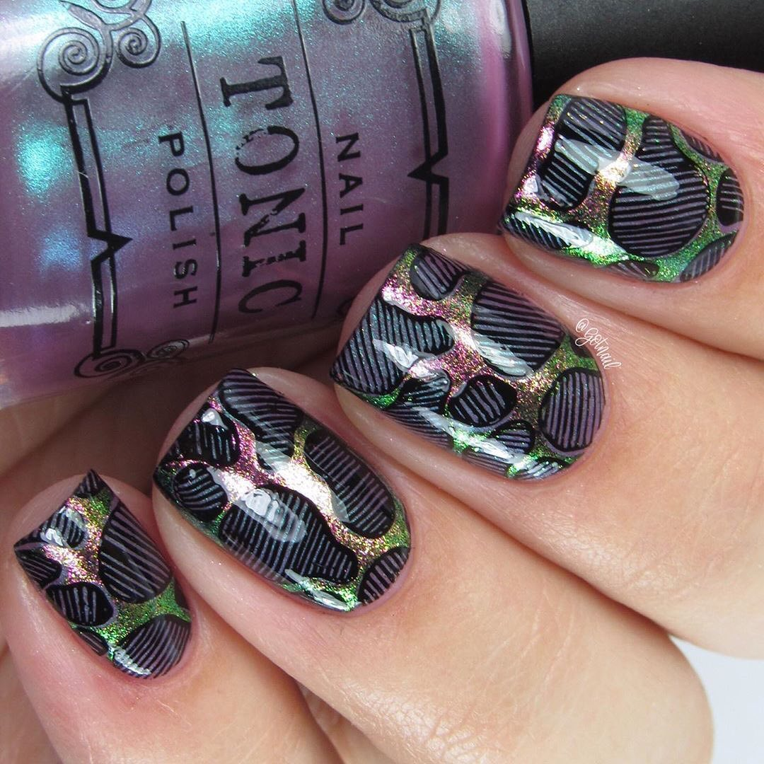 Amazing nails by using Whats Up Nails - Aurora Pigment ($21.75 USD) available on our site WhatsUpNails.com (link in bio) and in store in Chandler Mall (Arizona, USA)!We ship worldwide from USA!mirrornails