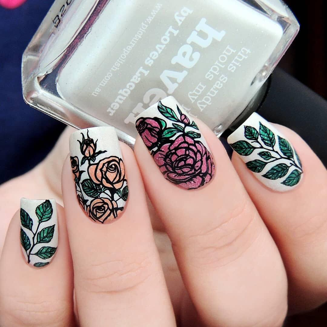 Adorable nails by using stamping plate Whats Up Nails - B037 Growing Beauty ($7.75 USD) available on our site WhatsUpNails.com (link in bio) and in store in Chandler Mall (Arizona, USA)! We ship worldwide from USA! rosenailart