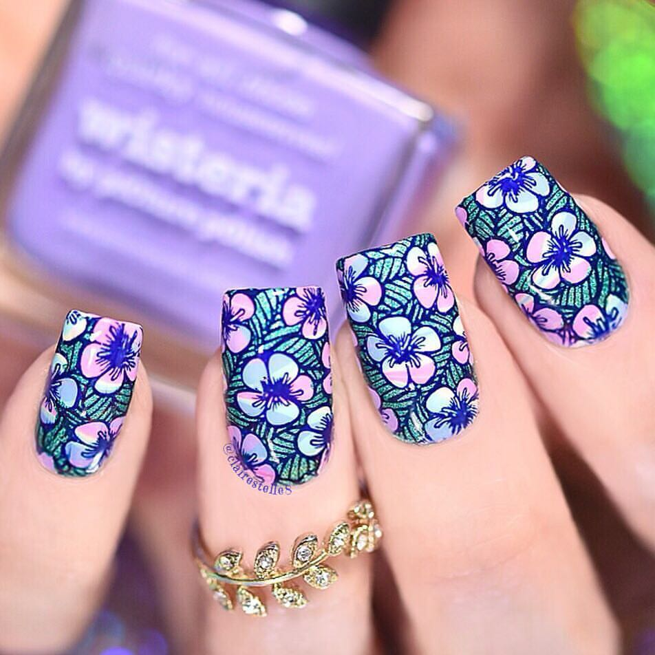 Adorable nails by using stamping plate Whats Up Nails - B037 Growing Beauty ($7.75 USD) available on our site WhatsUpNails.com (link in bio) and in store in Chandler Mall (Arizona, USA)! We ship worldwide from USA! watermarbling