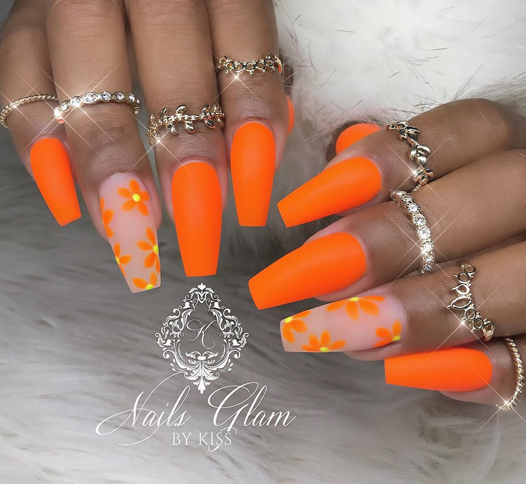 Simply beautiful ....ombrenails