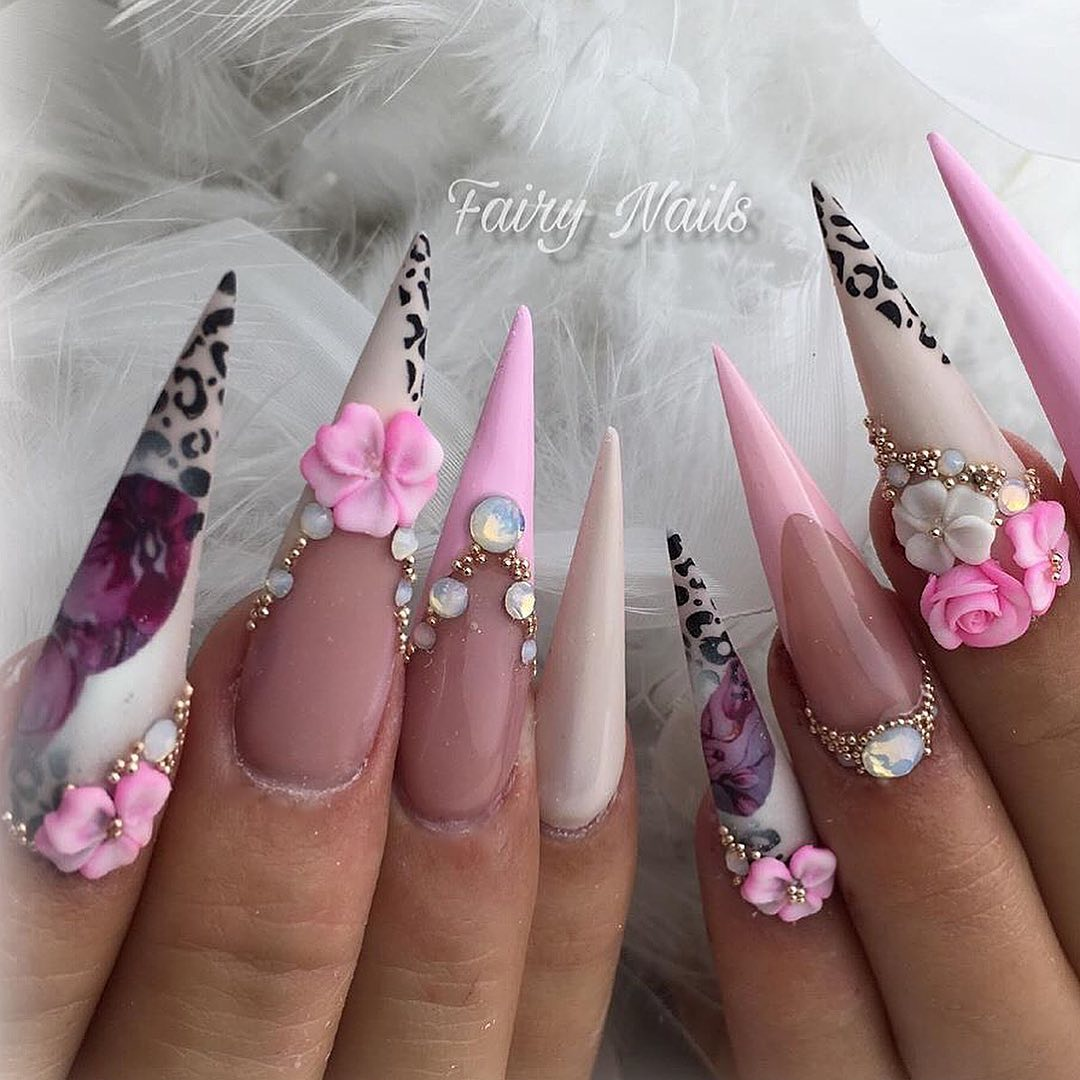 Beautiful, stunning nails by  shes using flowers  mini roses available from my online shop which opens every Sunday at 3pm uk time, 4pm Europe time, 10am EST or 7am California time  3dflowernails