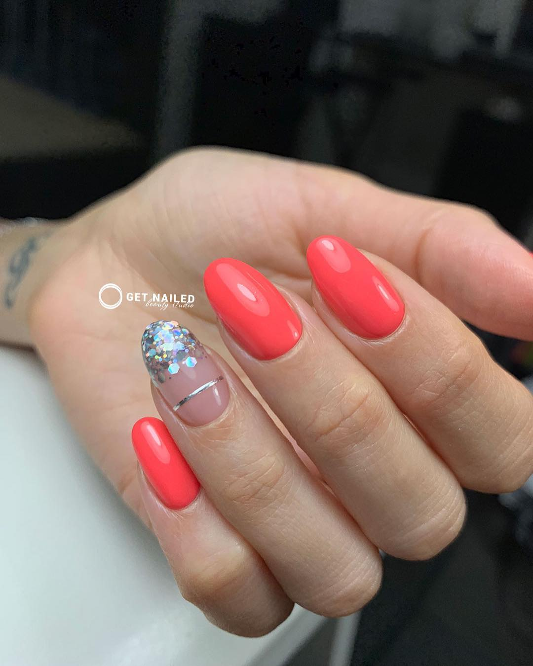 Shining bright Nails done by Karina You can book your appointment on getnailed.co, through DM, WhatsApp +34 680 576 151 or simply by leaving a comment ..luxiogel