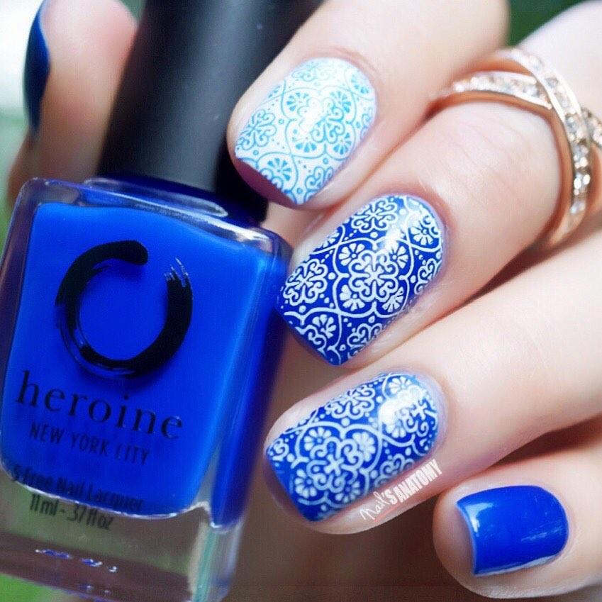 El segundo tema que eleg del es Azulejos Marroques Para este diseo utilic la placa Masala Yantra de y el tono azul es Royal Blood de ...nails