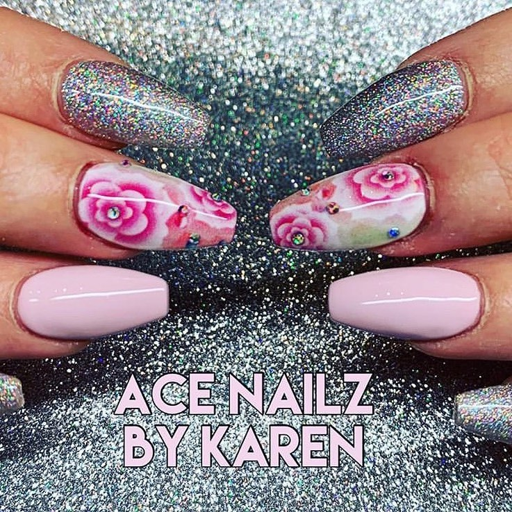 It might be miserable outside but inside its all about the pretty pink florals  glitter!  We  this bling set by created using her V7+ SMART Printer! ...WowNails