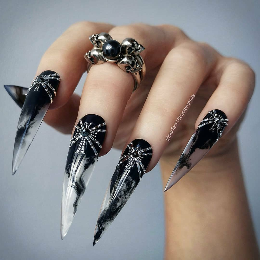 -  Back to black  Rings from