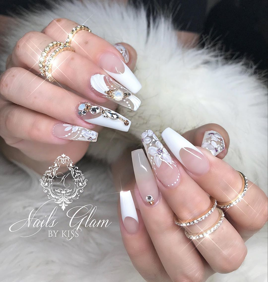 White french with flowers  ....ombrenails