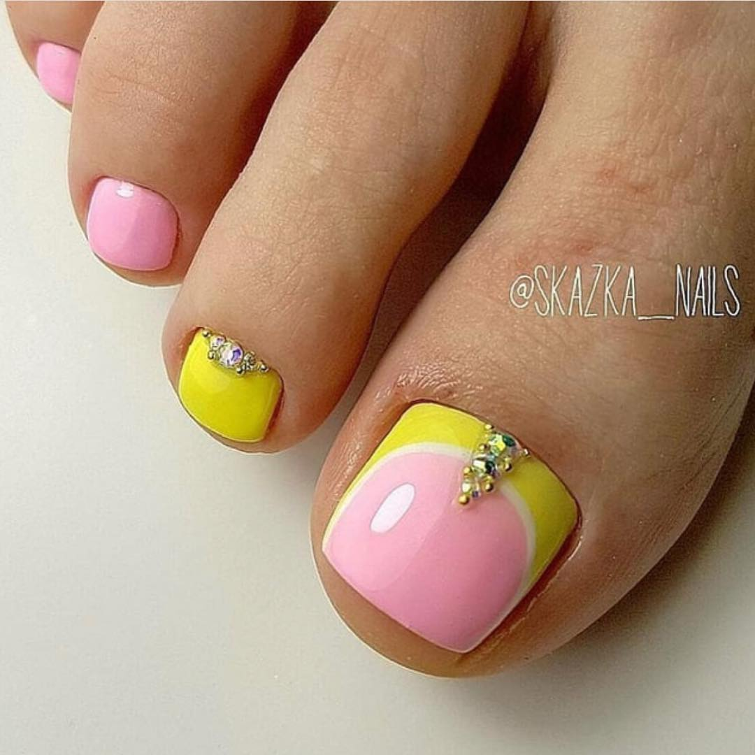 !           ) ,        This is a rang of pedicure for summer. I hope, summer has already been in your soul!
