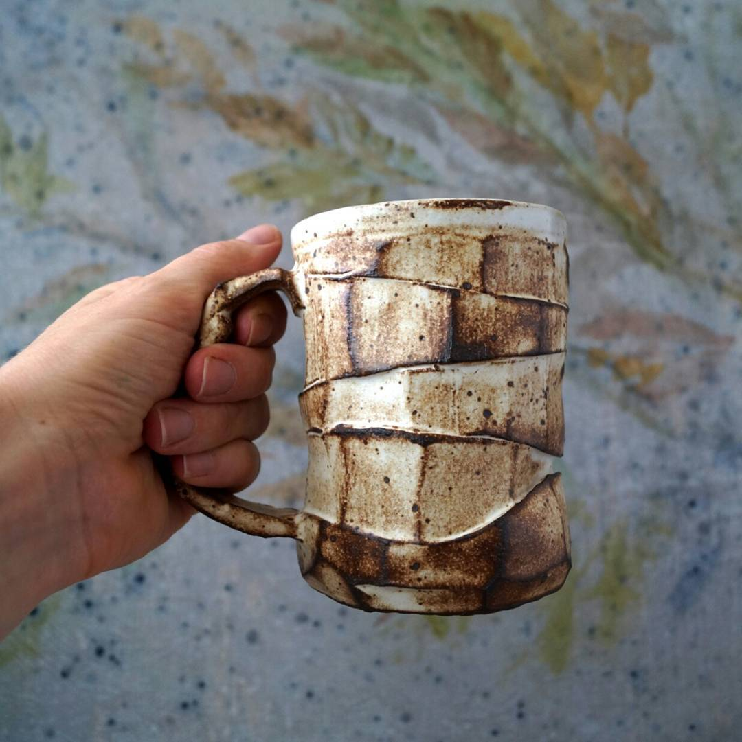 Happy Wednesday morning! Coffee in handmade mug taste much better! This fact provided by me.Soldhappiness