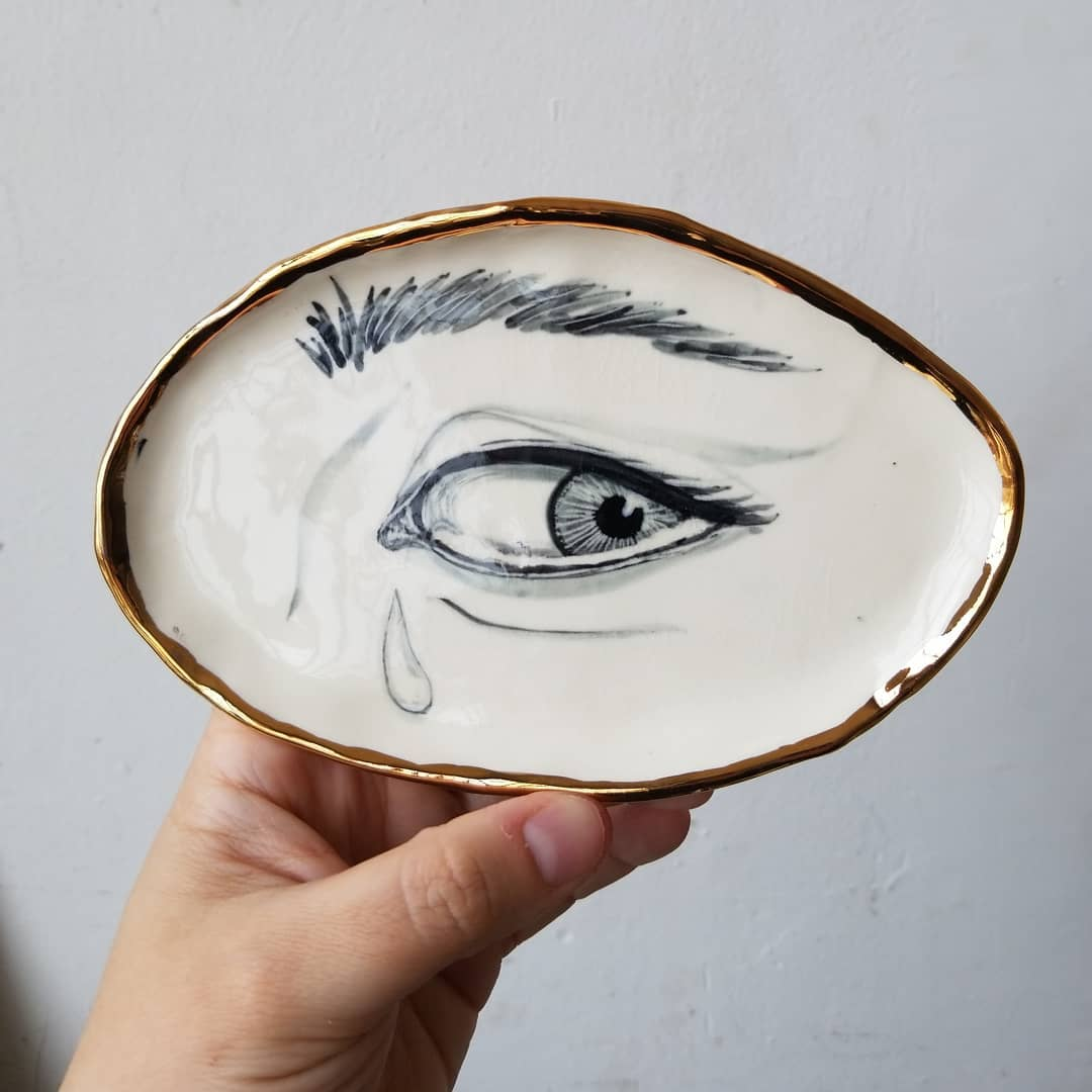 *single tear* = how I feel when the book I've been absorbed in is over. I'm just starting 'We Have Always Lived in the Castle' at the recommendation of several friends and I'm excited about it.  I'll be set up in my studio tomorrow for First Friday with and this lovers eye piece is still available!