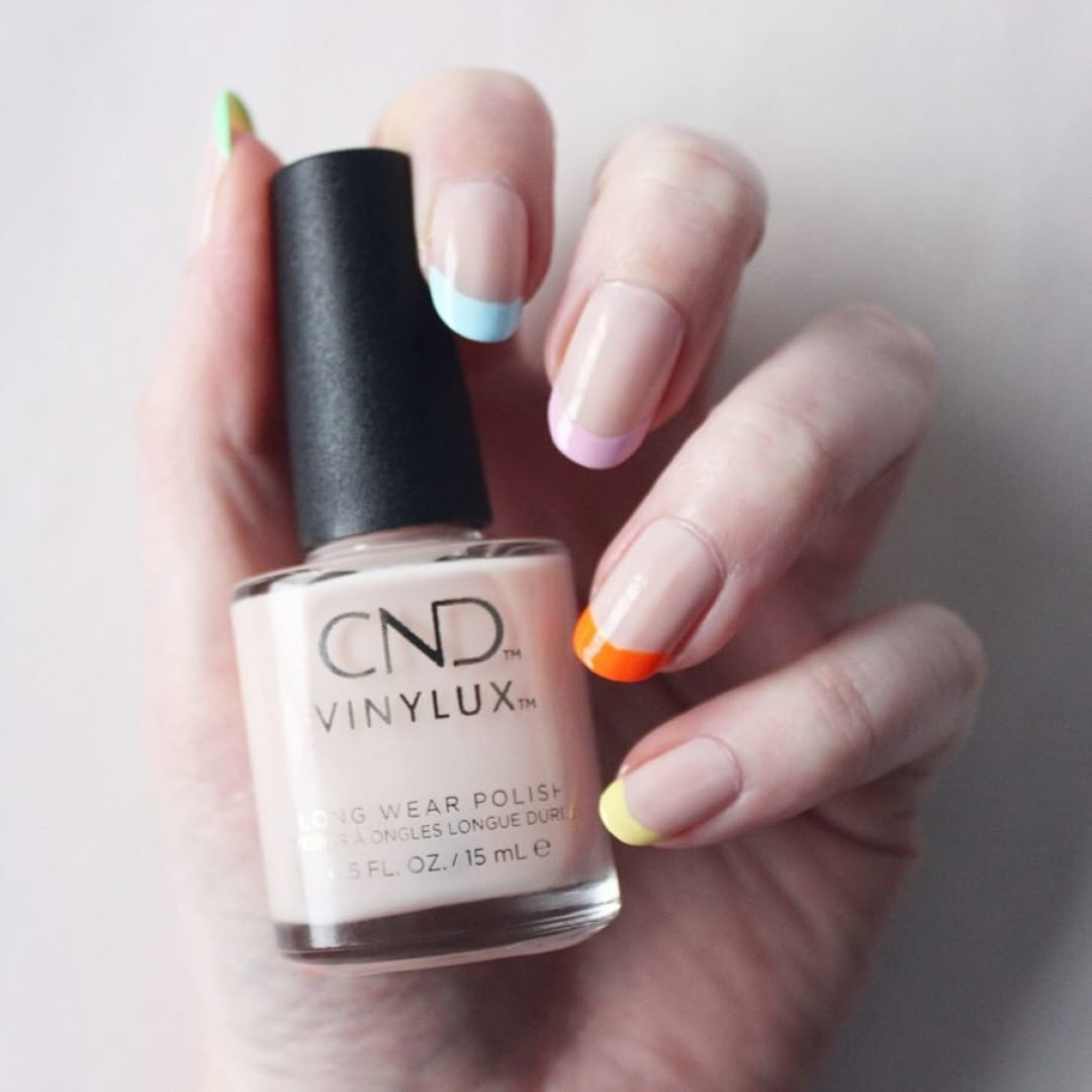 Happy Easter! While youre out finding some easter eggs, check out this nail candy by @laisforangela.