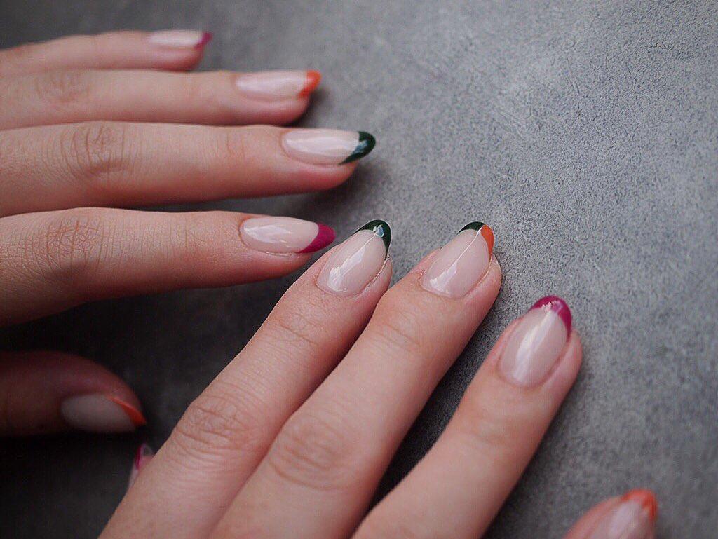 .8..nail salon mignonespace.1-15-18FRANCE bldg.2F.LINE nailmignon.7.8.9.