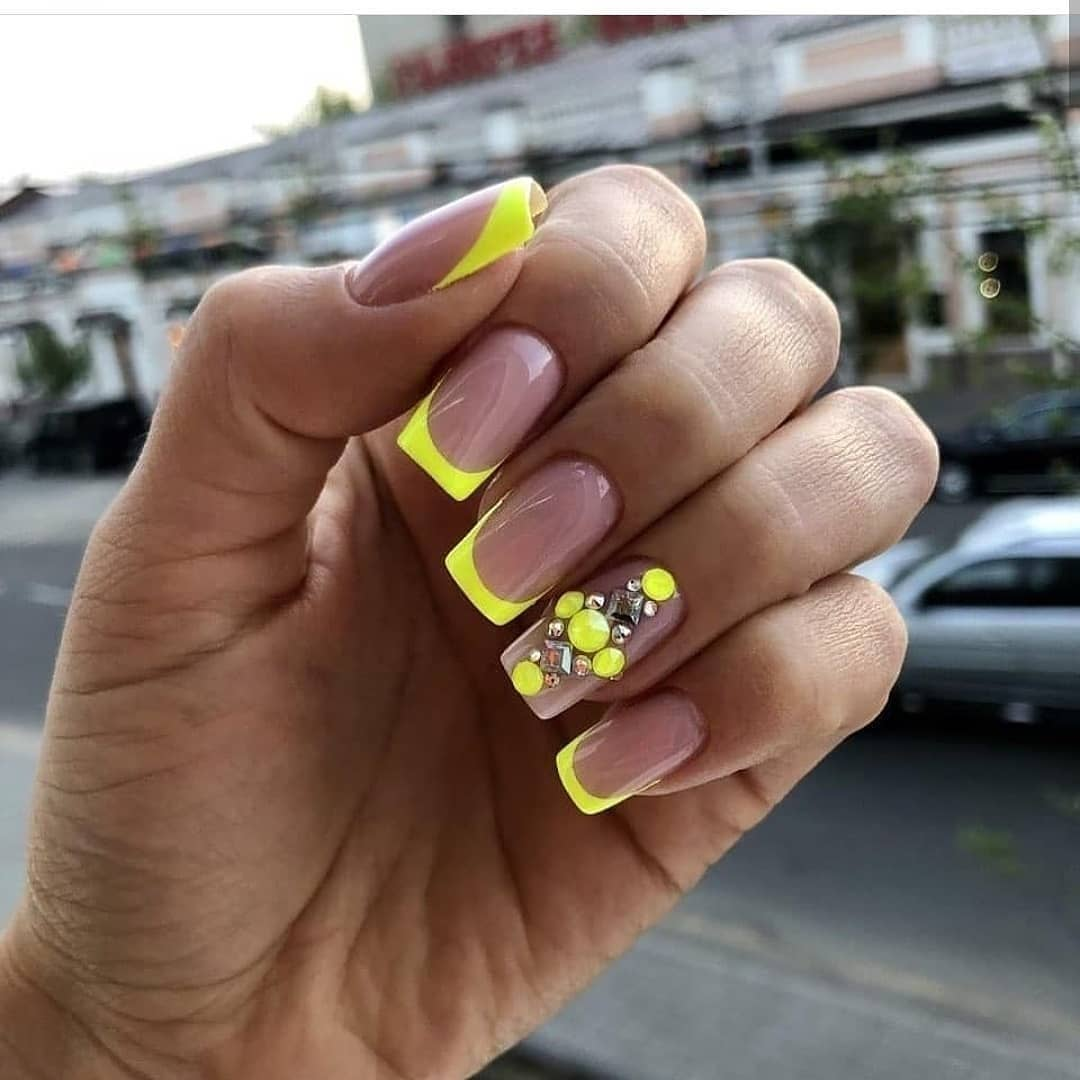 Do not forget to subscribe and leave comments  ...The best nail designs we have For advertising in direct............