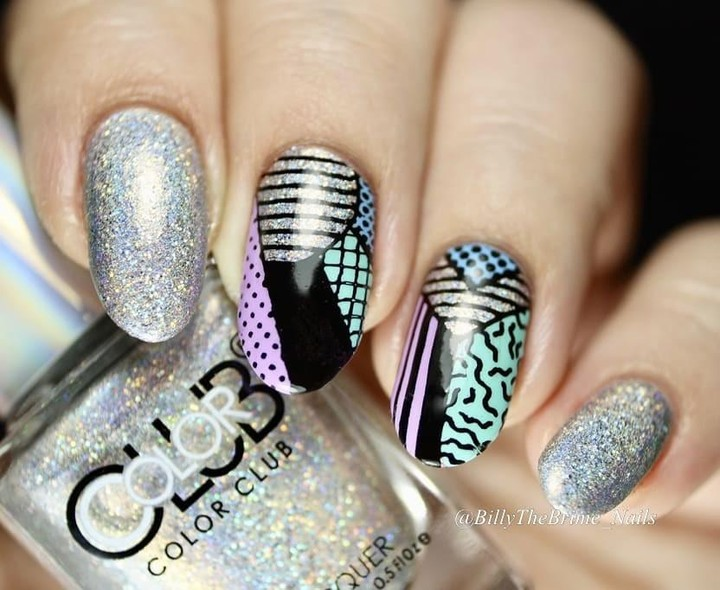 This color combo! Them sparkles. Those stamps. *swoon* How are you guys so dang creative? Our followers never cease to impress us.  Mani x