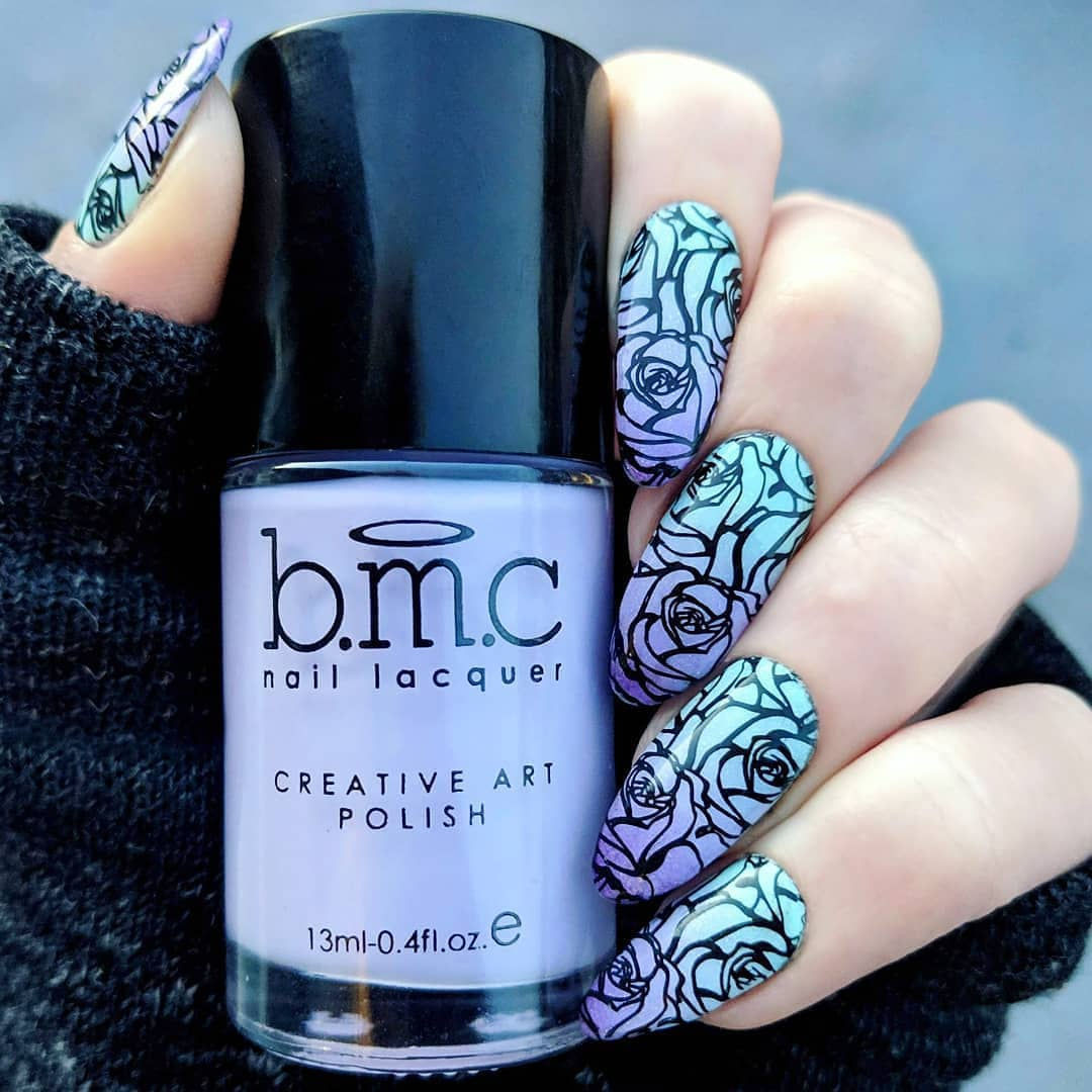 That gradient tho.  Lovin these fierce pastel roses. We love that nail stamping can be simple or sophisticated. It all depends on your style. created this stunning look with a medley of Maniology products. Total nailpolishaddict