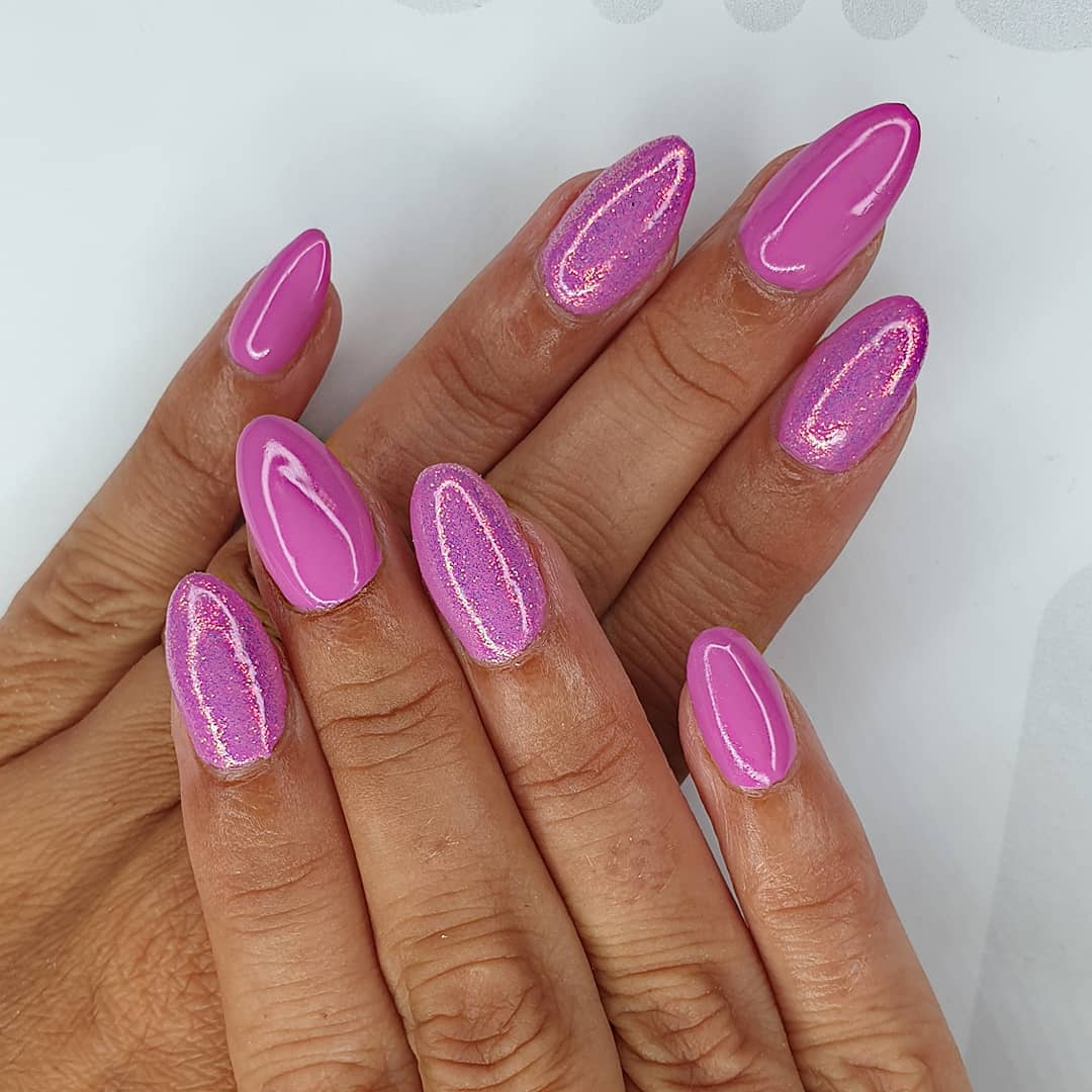 It's a pinky purply kinda day Using crystal glass, gel polish  glare flare Finished with melonmania cuticle oil shabaawards