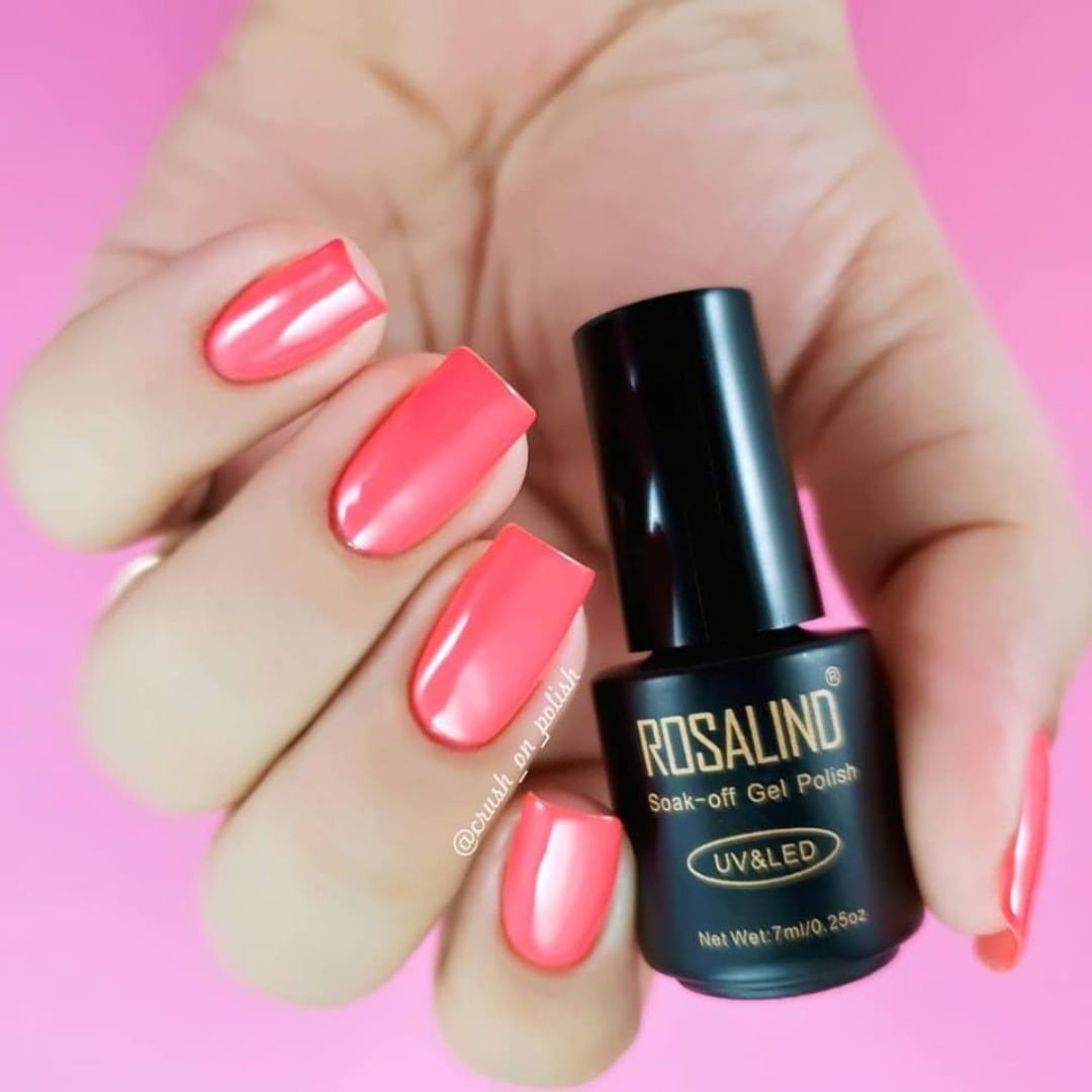 Such pink nails,pigmented and smooth,fashion and beauty.Via rosalindofficial