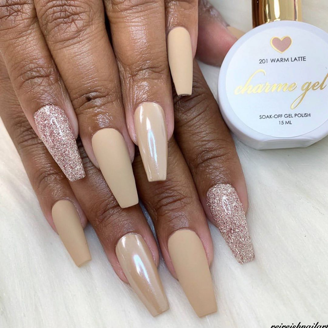 Lovely nails by Daily Charme Ambassador featuring Charme Gel 201 Warm Latte topped with Magic White Chrome Powder  Daily Charme Velvet Matte No-Wipe Gel Topcoat!  201 Warm Latte is a soft, cozy beige nude that's perfect for a cold weather.... AND a hot sunny California week  ..nailart
