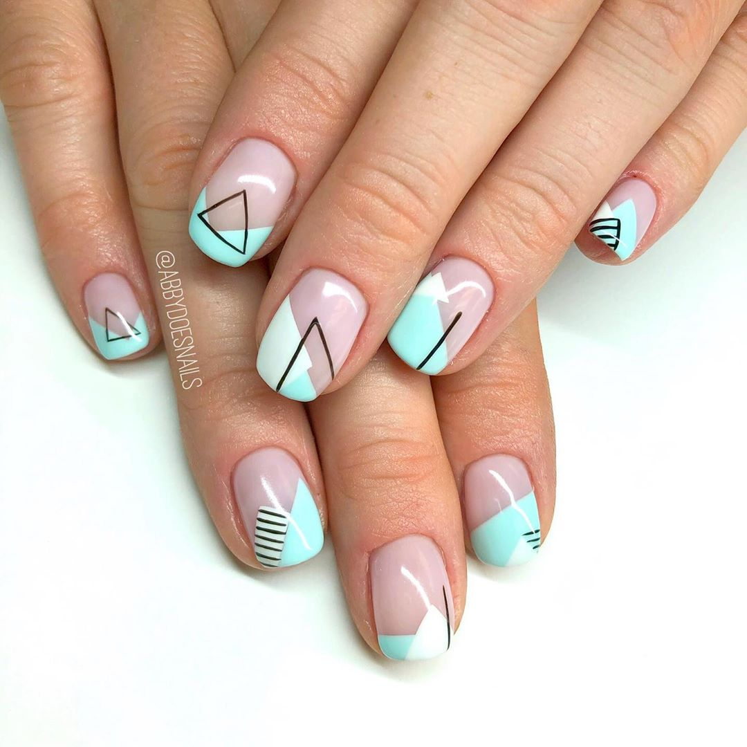 Give me ALL of the geometricsline art  Im so in love with these. Inspired by a black and white set by utahcountynails