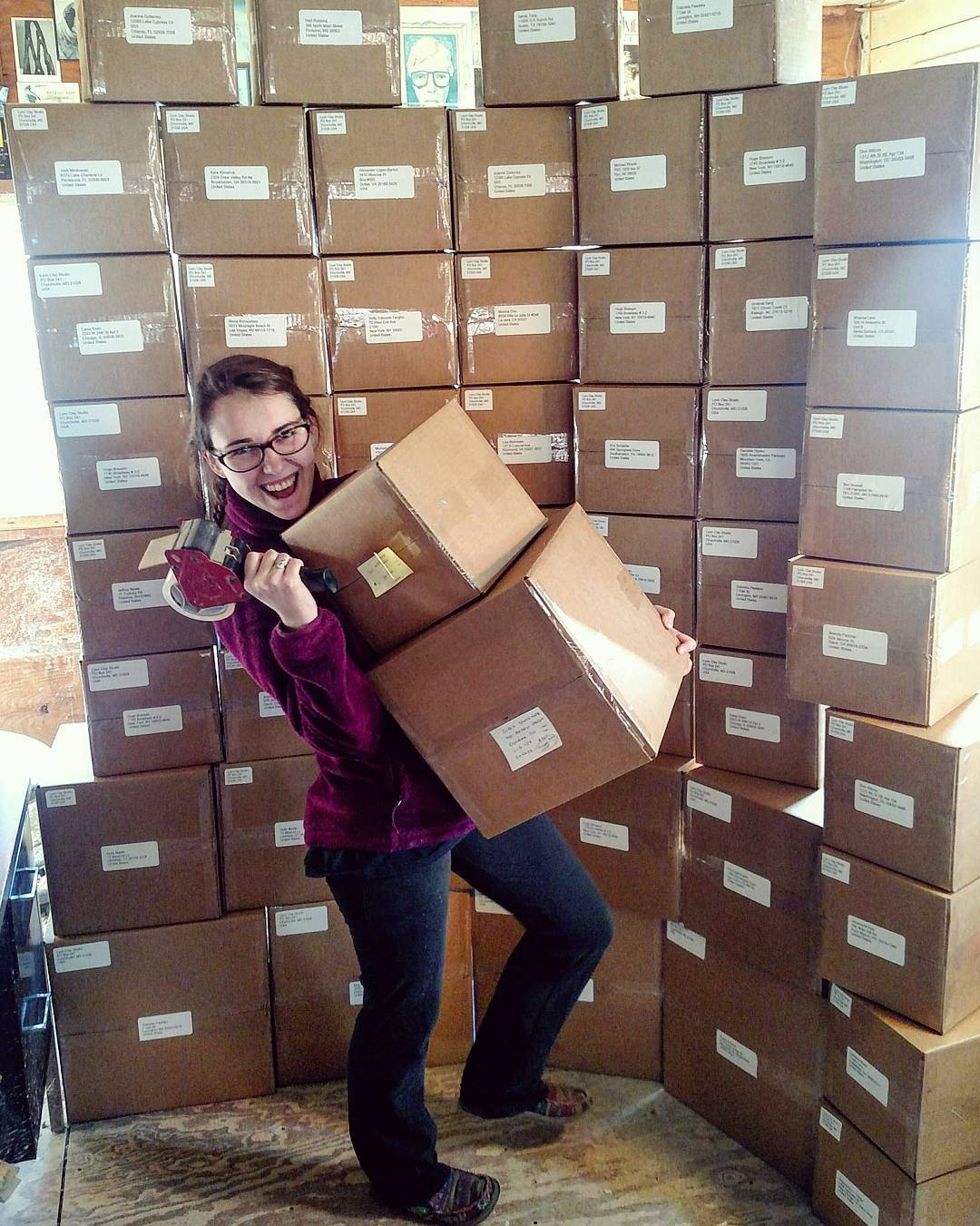 My daughter, Emily , is now in charge of the shipping department. If you don't see your box here, don't worry, it went out the other day with the first batch. Back to acorns...