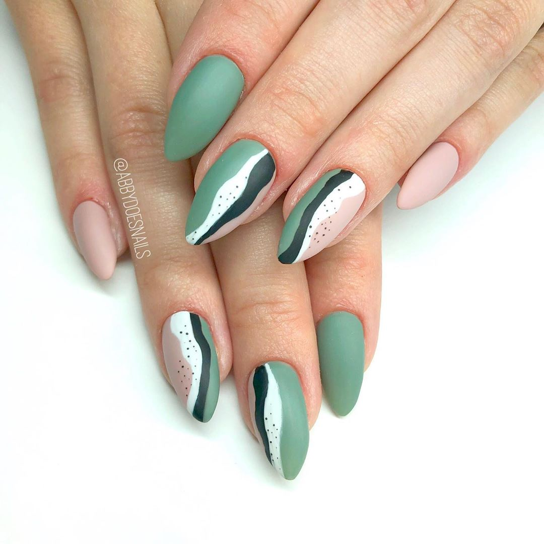 Ive seen this design all over the place. I had so much fun with these  Inspired by utahcountynails