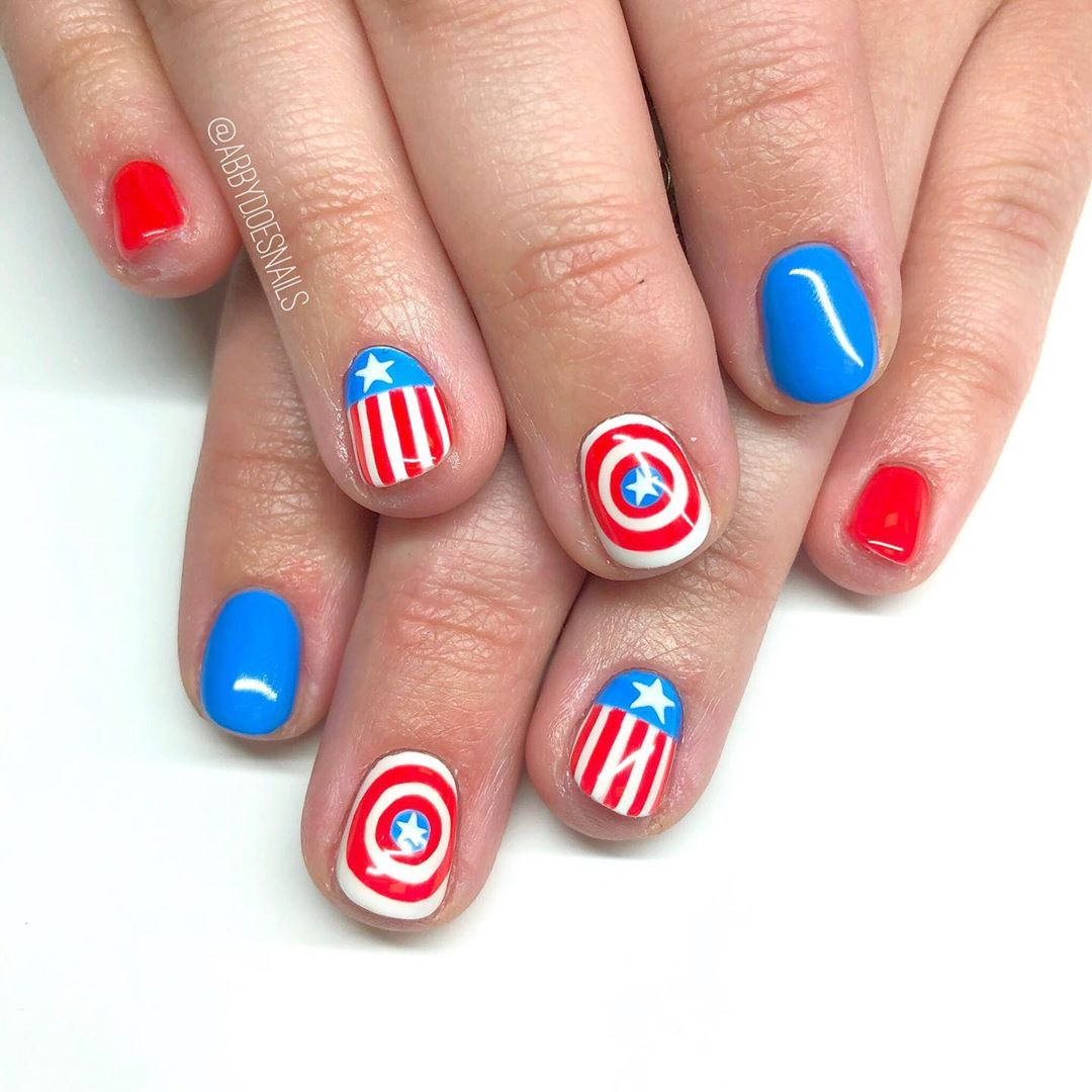 Happy 4th from these nails inspired by the Cap!  There aint no doubt, I love this land! God bless the USA  inspired by utahcountynails